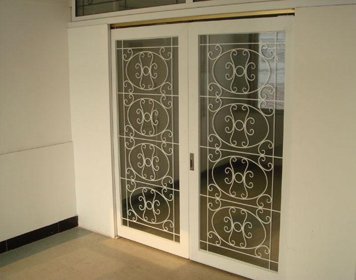 欧泰克铁艺中空玻璃门案例