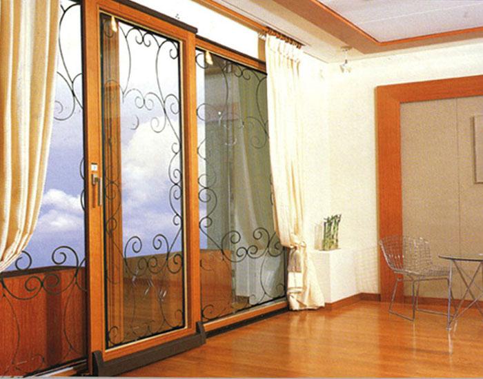 欧泰克客厅铁艺中空玻璃门窗案例